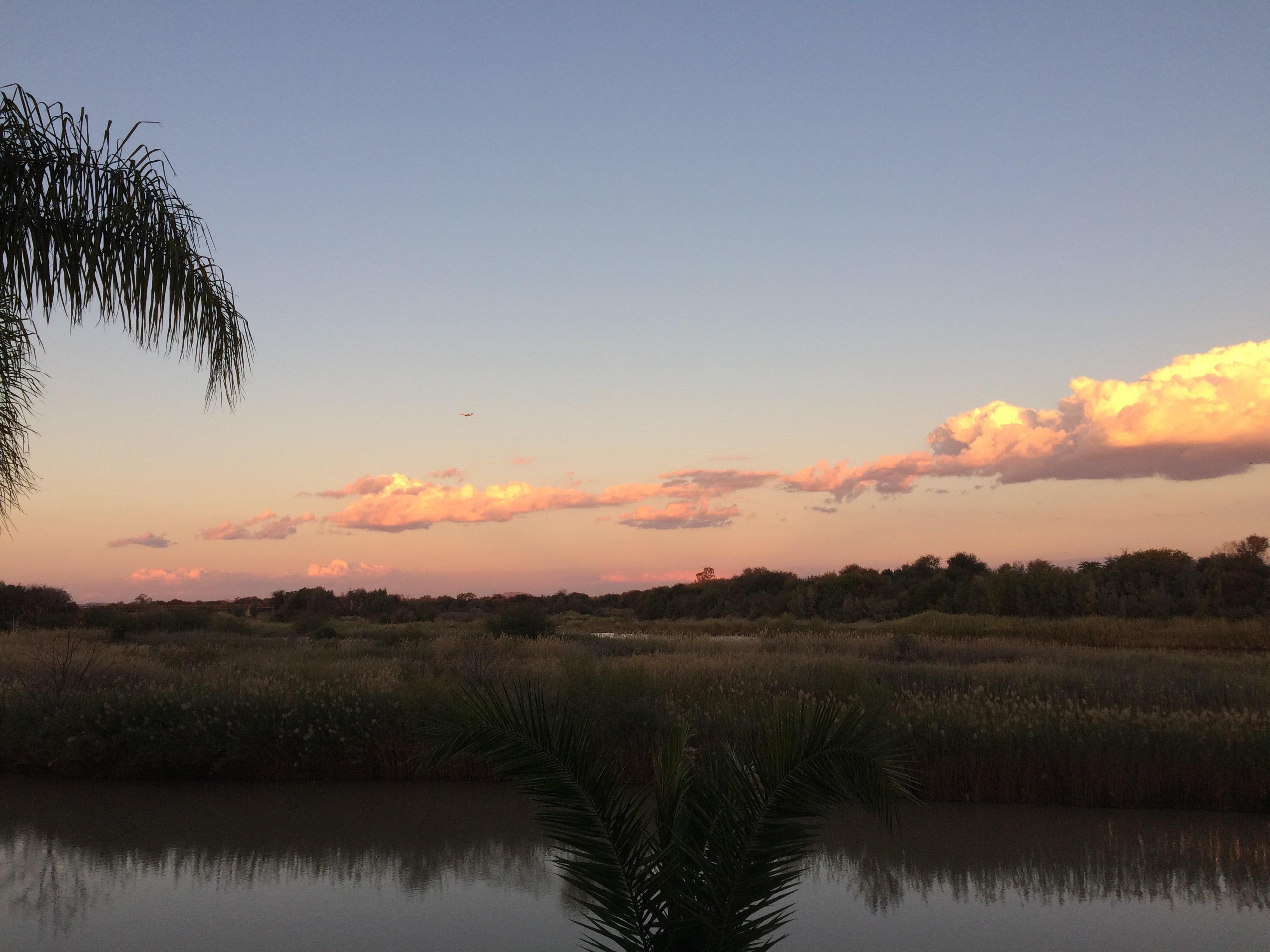 (Il tramonto sul fiume Orange dalla veranda di Le Must River Residence, Upington)